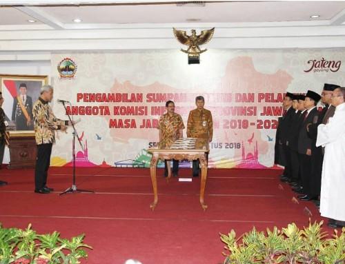 Pengambilan Sumpah Jabatan dan Pelantikan Anggota Komisi Informasi Provinsi Jawa Tengah Masa Jabatan Tahun 2018-2022
