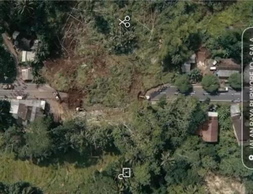 Jalan Utama Magelang-Purworejo Tertutup Tanah Longsor