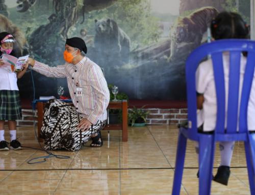 Ganjar Hadiri Peluncuran Buku Cerpen Karya Siswa SD Salatiga