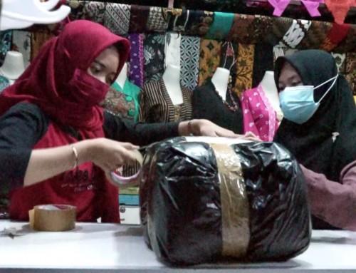 "Pelarangan Mudik, Pedagang Batik Pasar Setono Diminta Maksimalkan Pasar ""Online"""